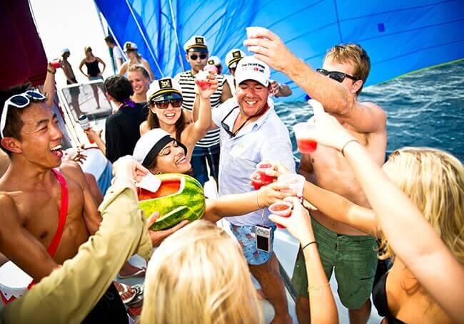 Sailing Party Flotila 01