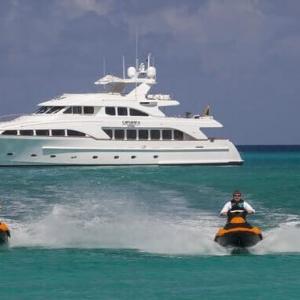 motor yacht camarina royale