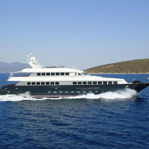 motor yacht jaan