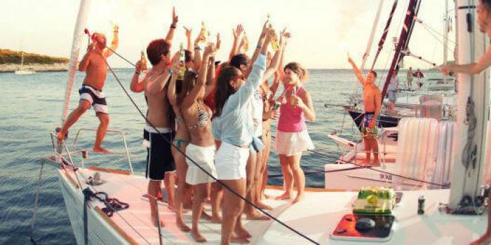 saling-party-flotilla-02
