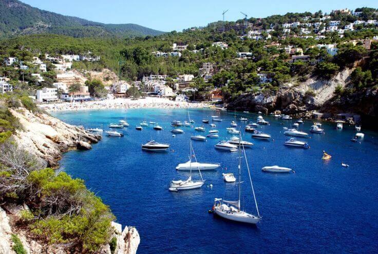 Sailing Itinerary Ibiza - Cala Tarida