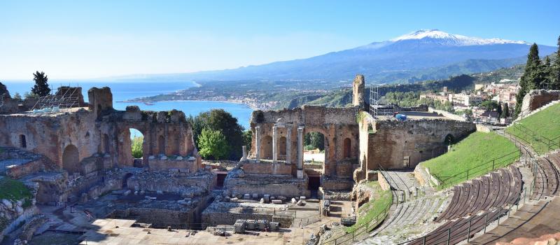 Roman amphitheater on a Sicily sailing itinerary